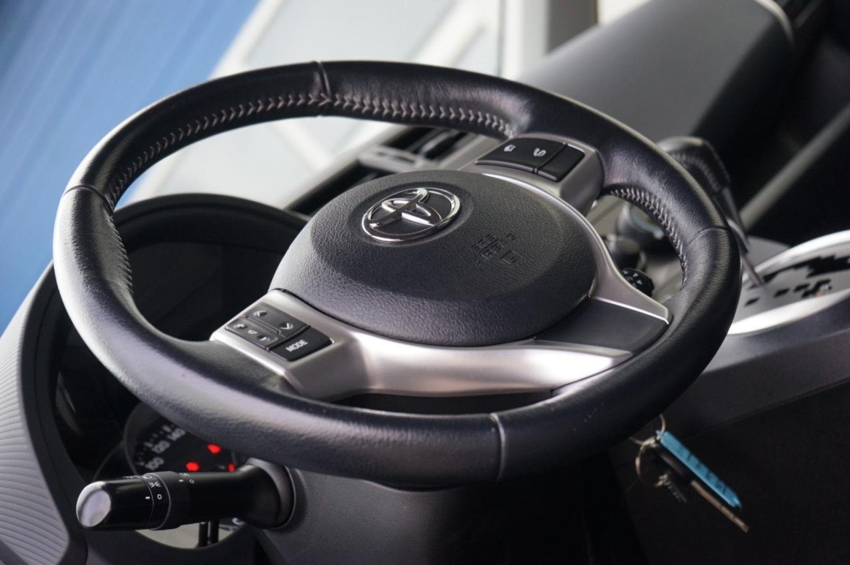 Toyota-Verso-s-18