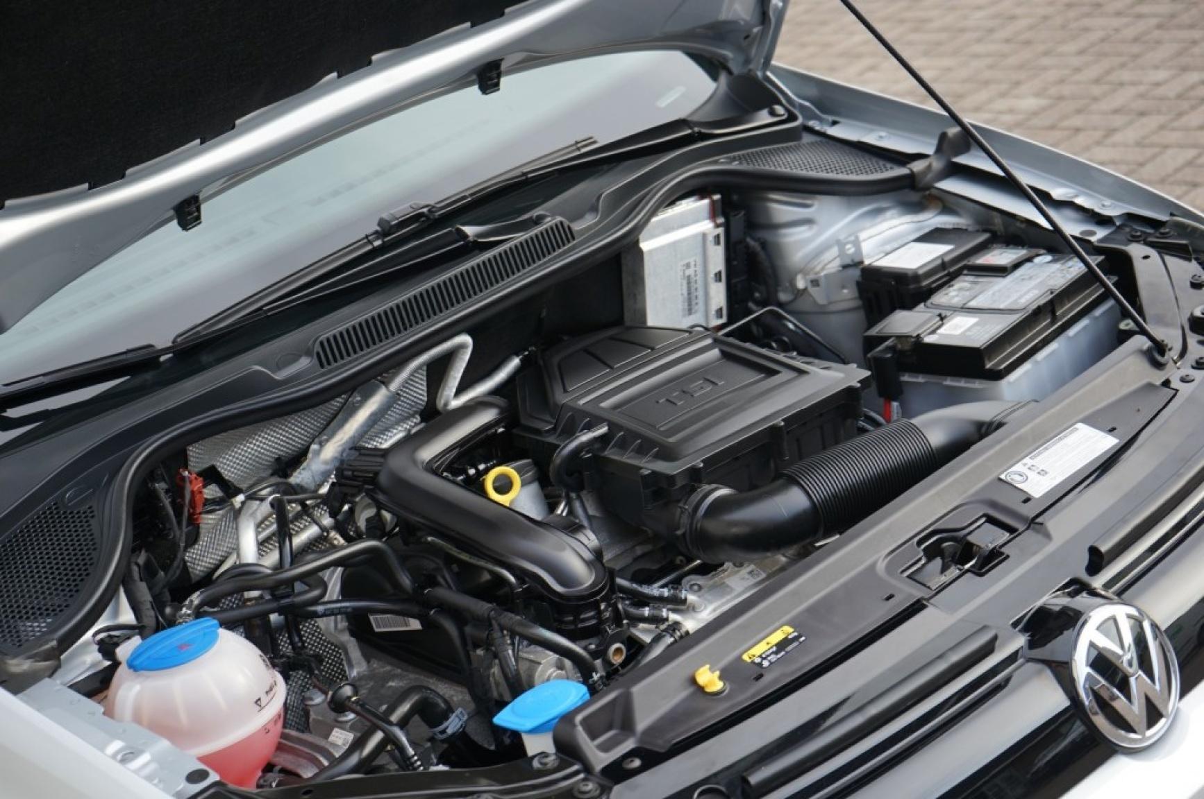 Volkswagen-Polo-63