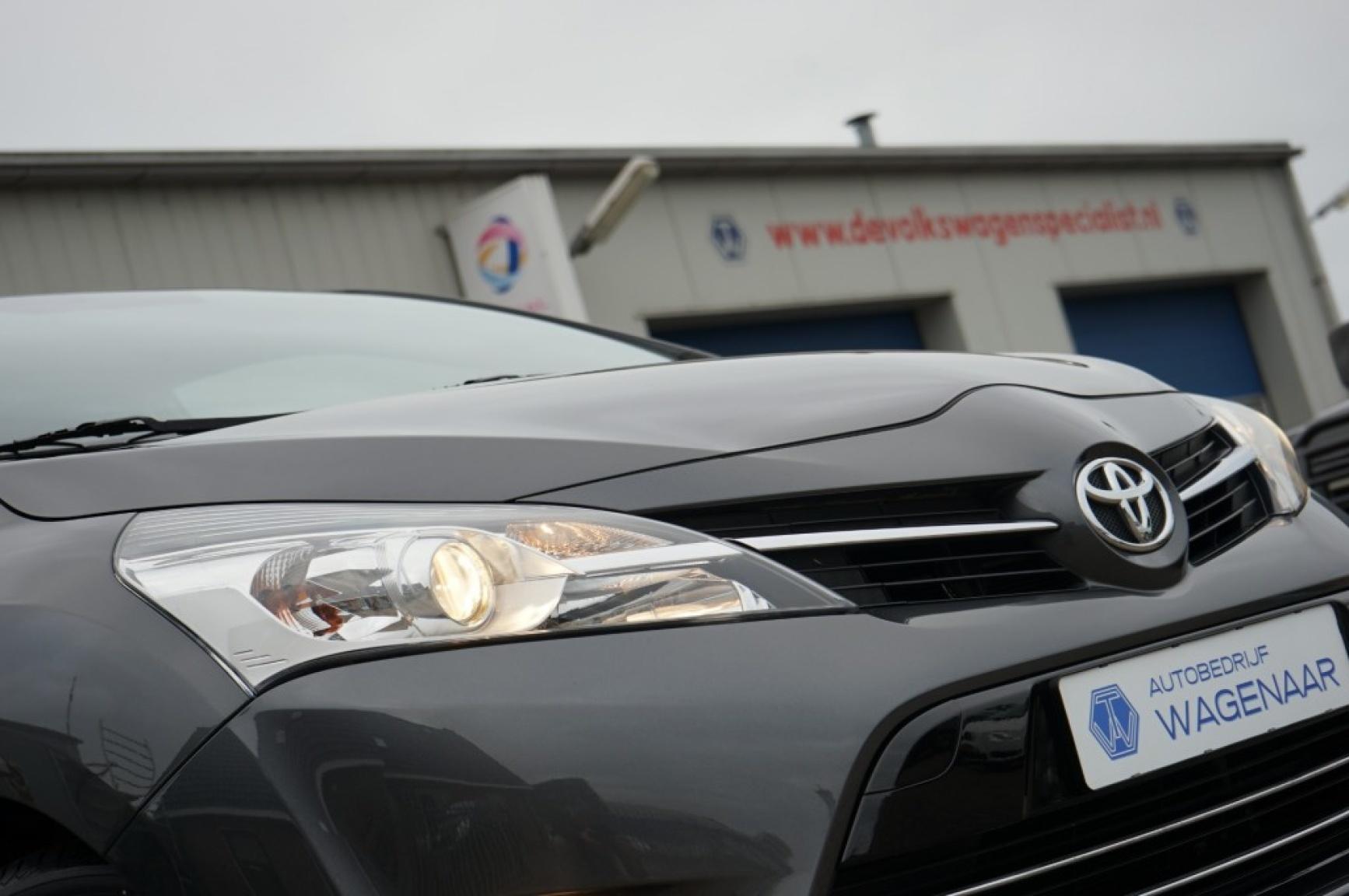 Toyota-Verso-56