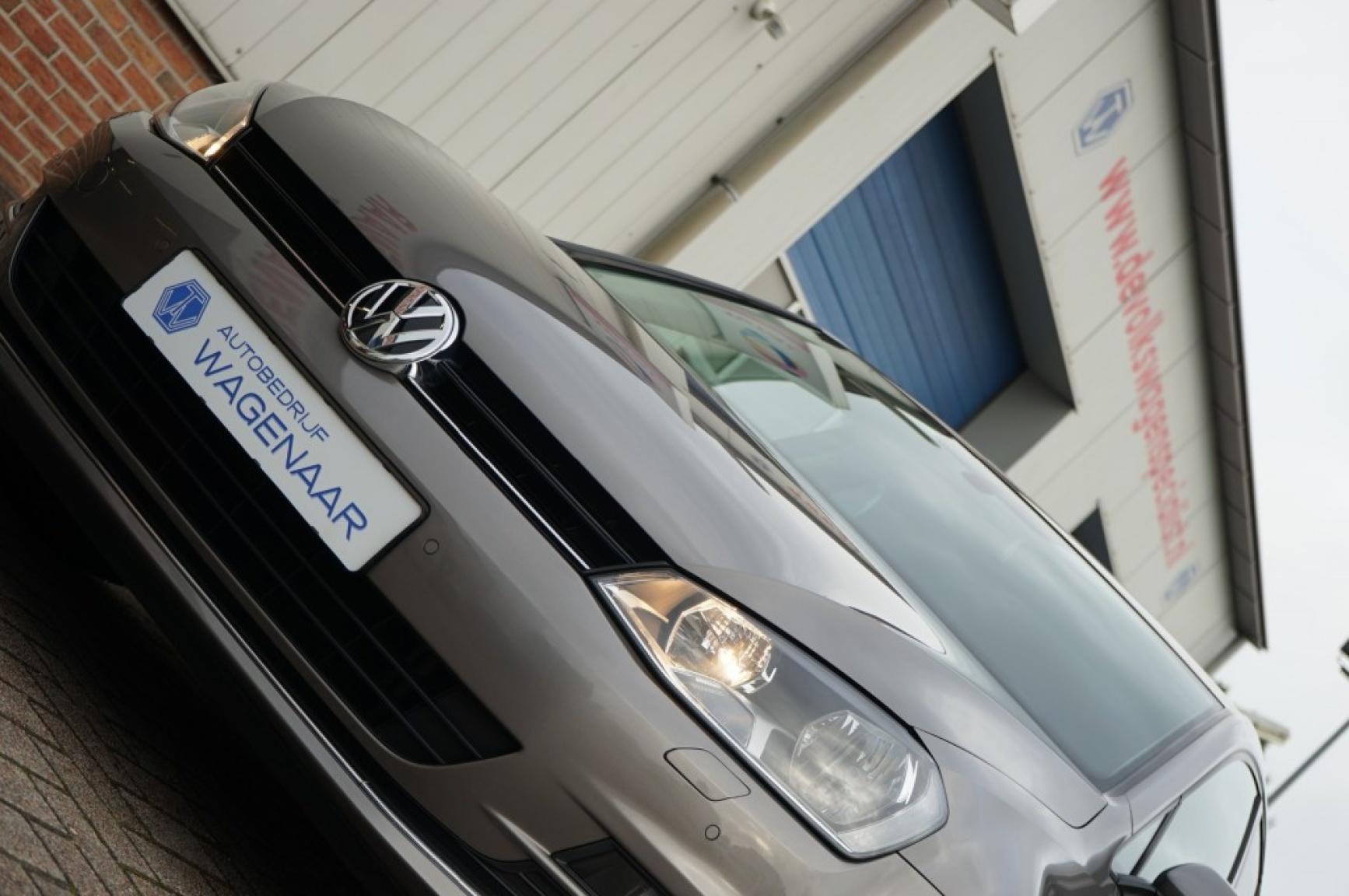 Volkswagen-Golf-3