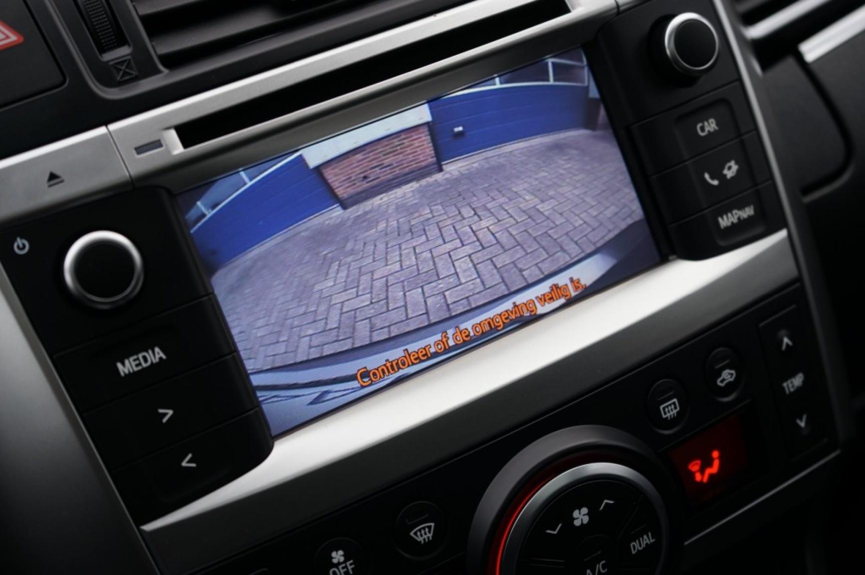 Toyota-Verso-31