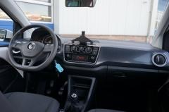 Volkswagen-Up-13